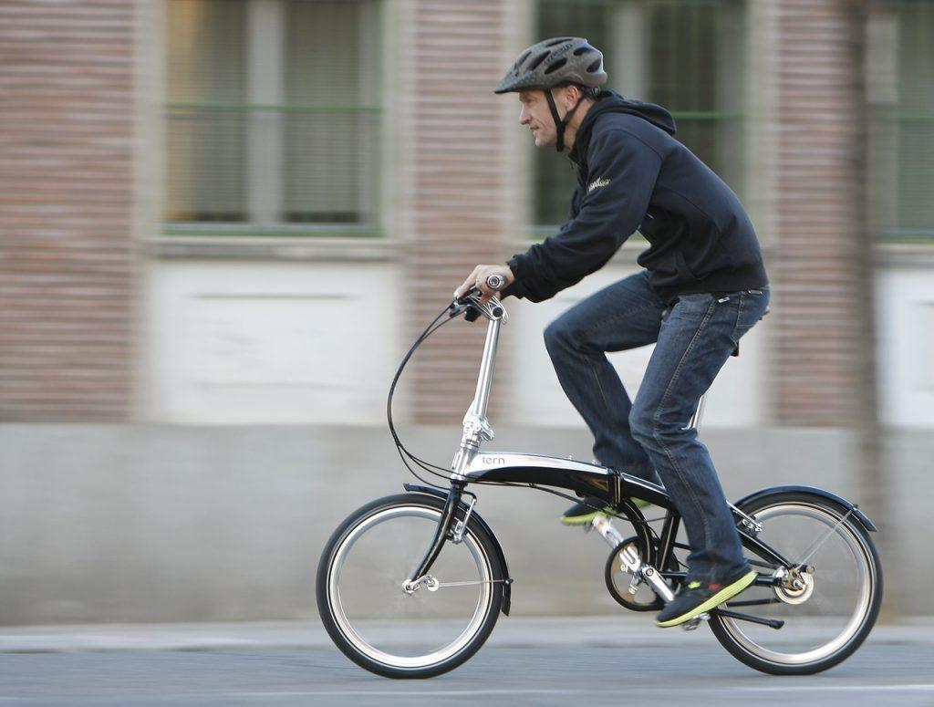 自転車通勤が心疾患や癌の発症リスクを45%下げるらしい
