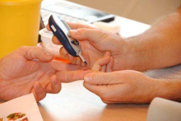 【HbA1cが7以上でもええの?】糖尿病治療の知識でACCORD試験の結果は知っておこう!